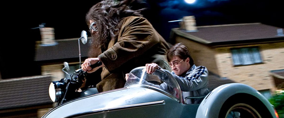 HARRY POTTER AND THE DEATHKY HALLOWS: Part 1 (2010)